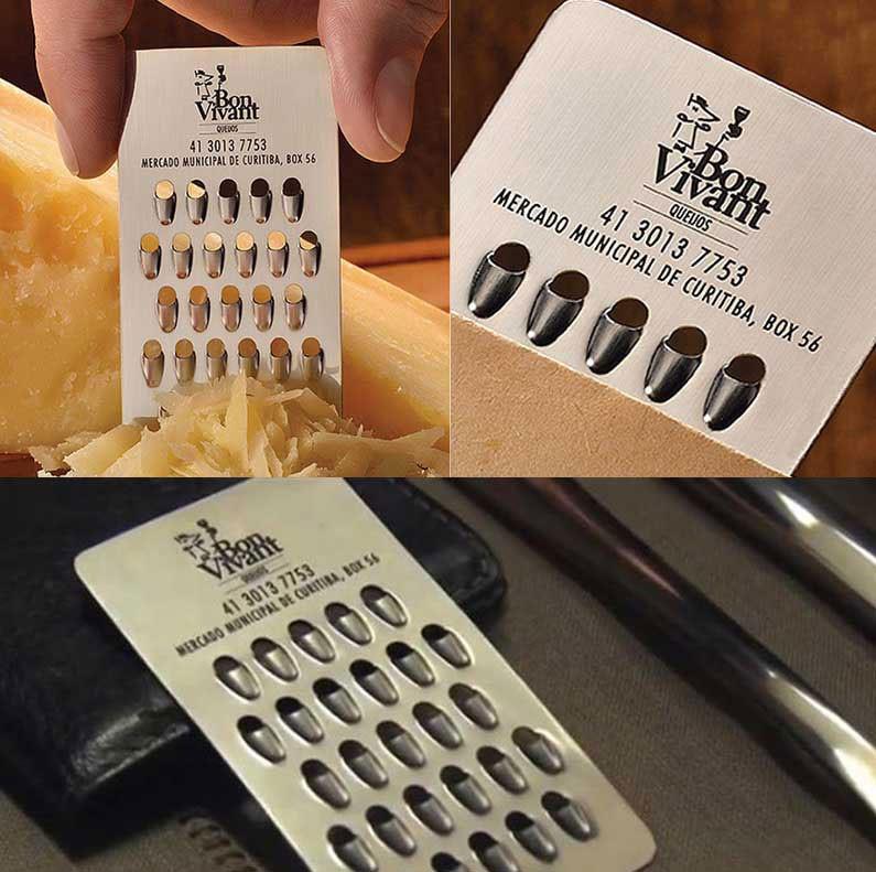 כרטיס ביקור לחנות גבינות שמשמש גם כמגרדת פומפייה.
